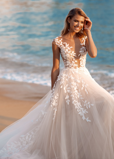Модель SEBASTIANA от Versal wedding dress