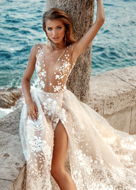 Модель SHANAYA от Versal wedding dress
