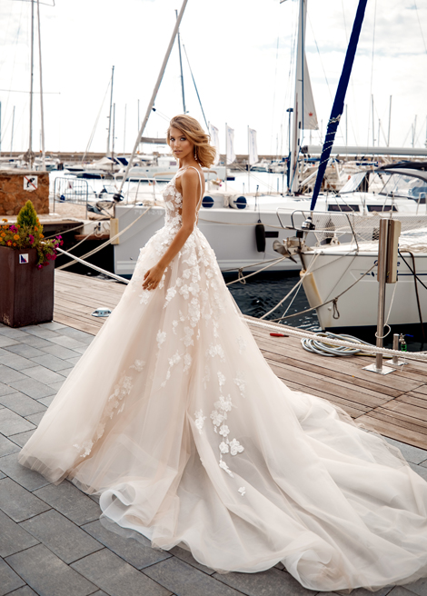 Модель SIAMARA от Versal wedding dress