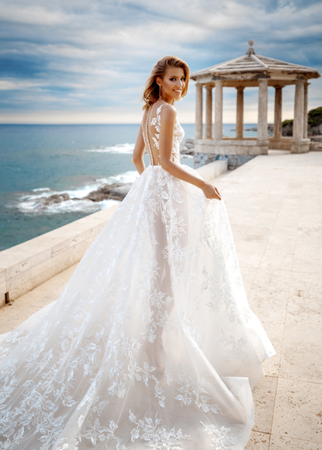 Модель SOPHIA от Versal wedding dress