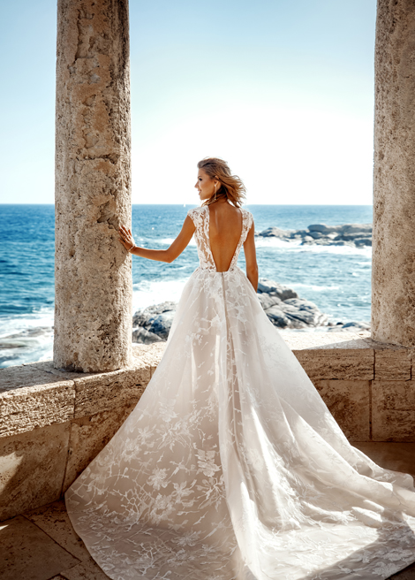 Модель SORRENTO от Versal wedding dress