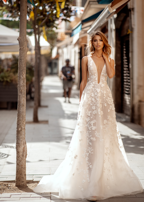 Модель SUERA от Versal wedding dress