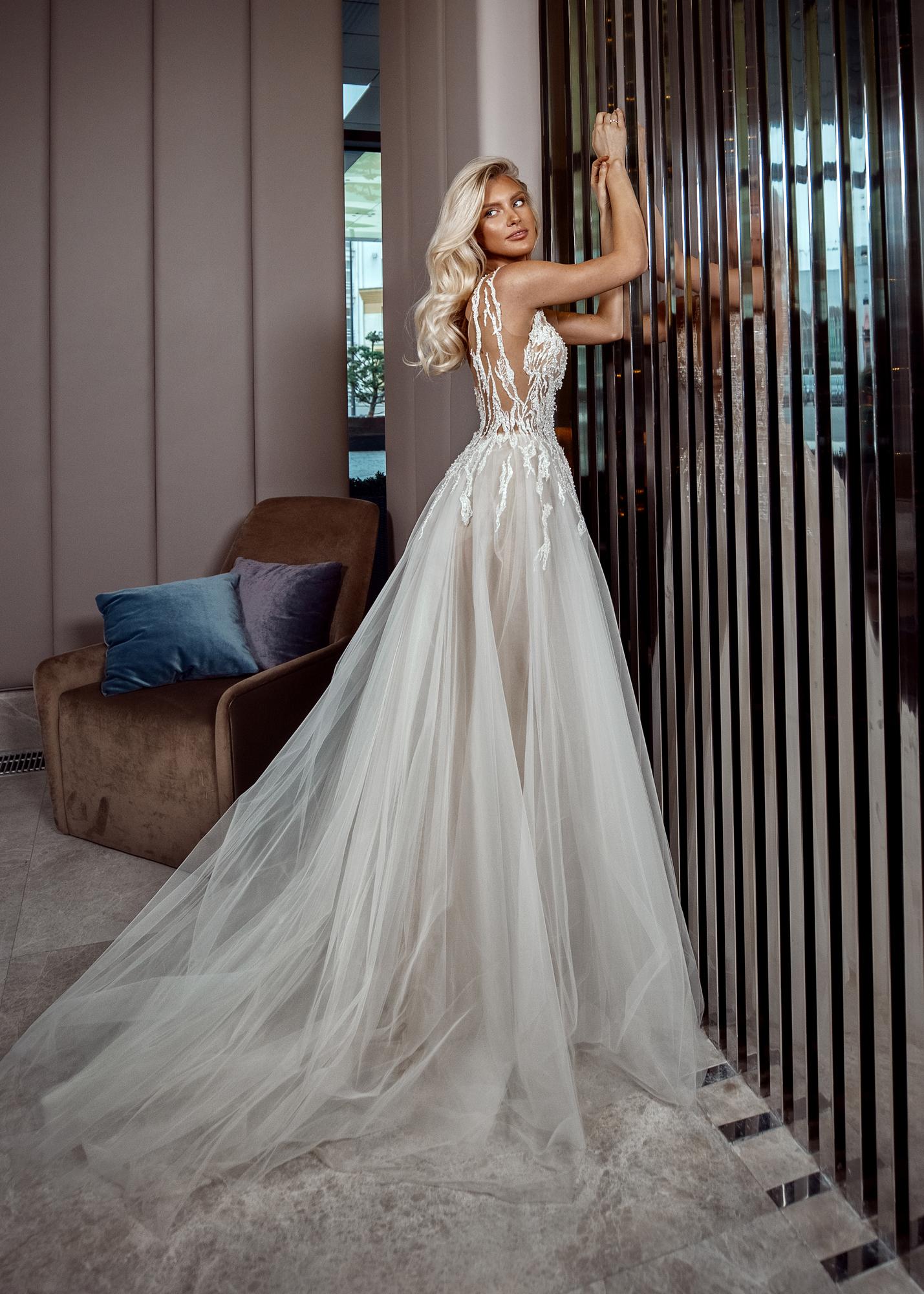 Модель BRISHA от Versal wedding dress