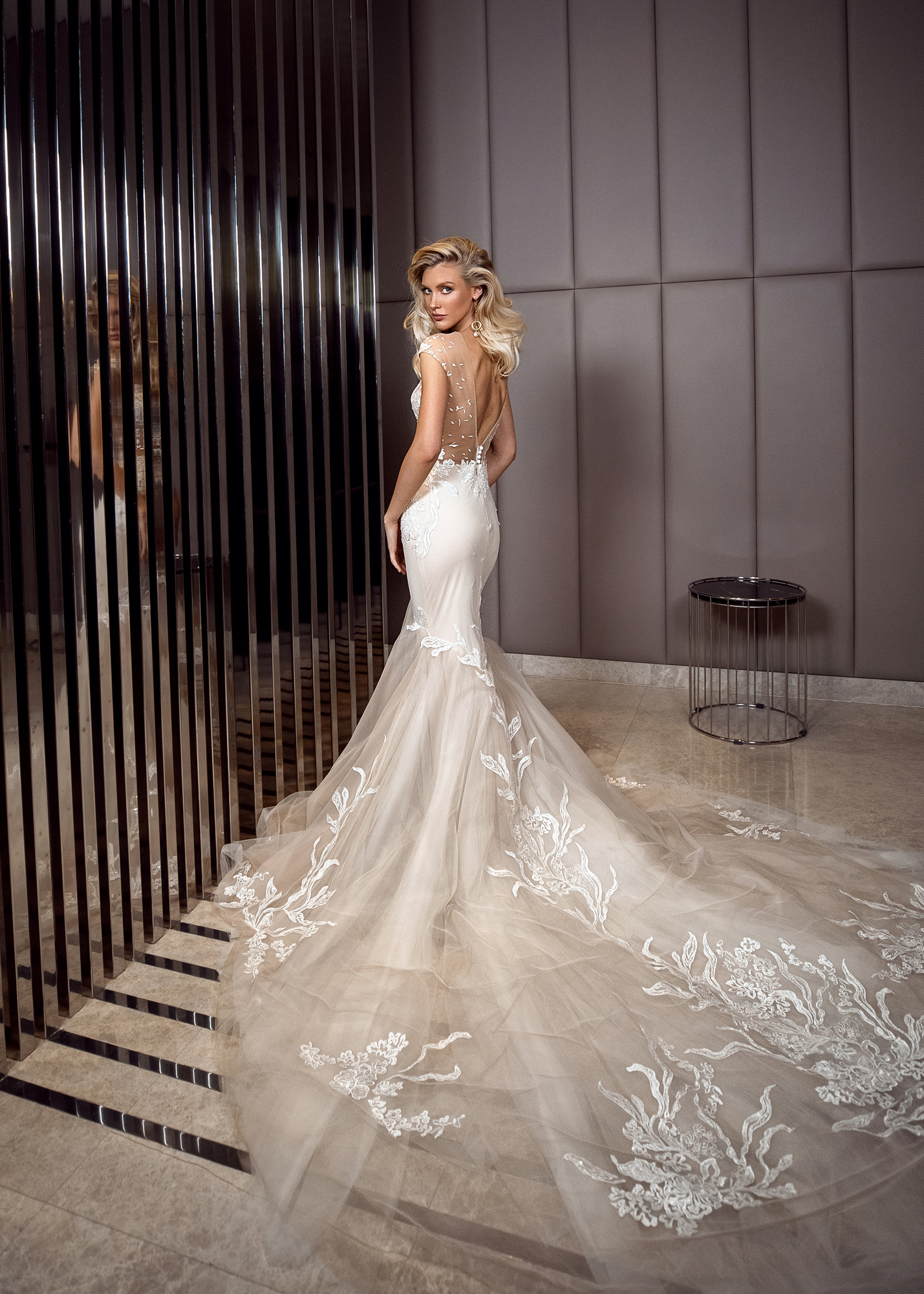 Модель MADEIRA 1 от Versal wedding dress