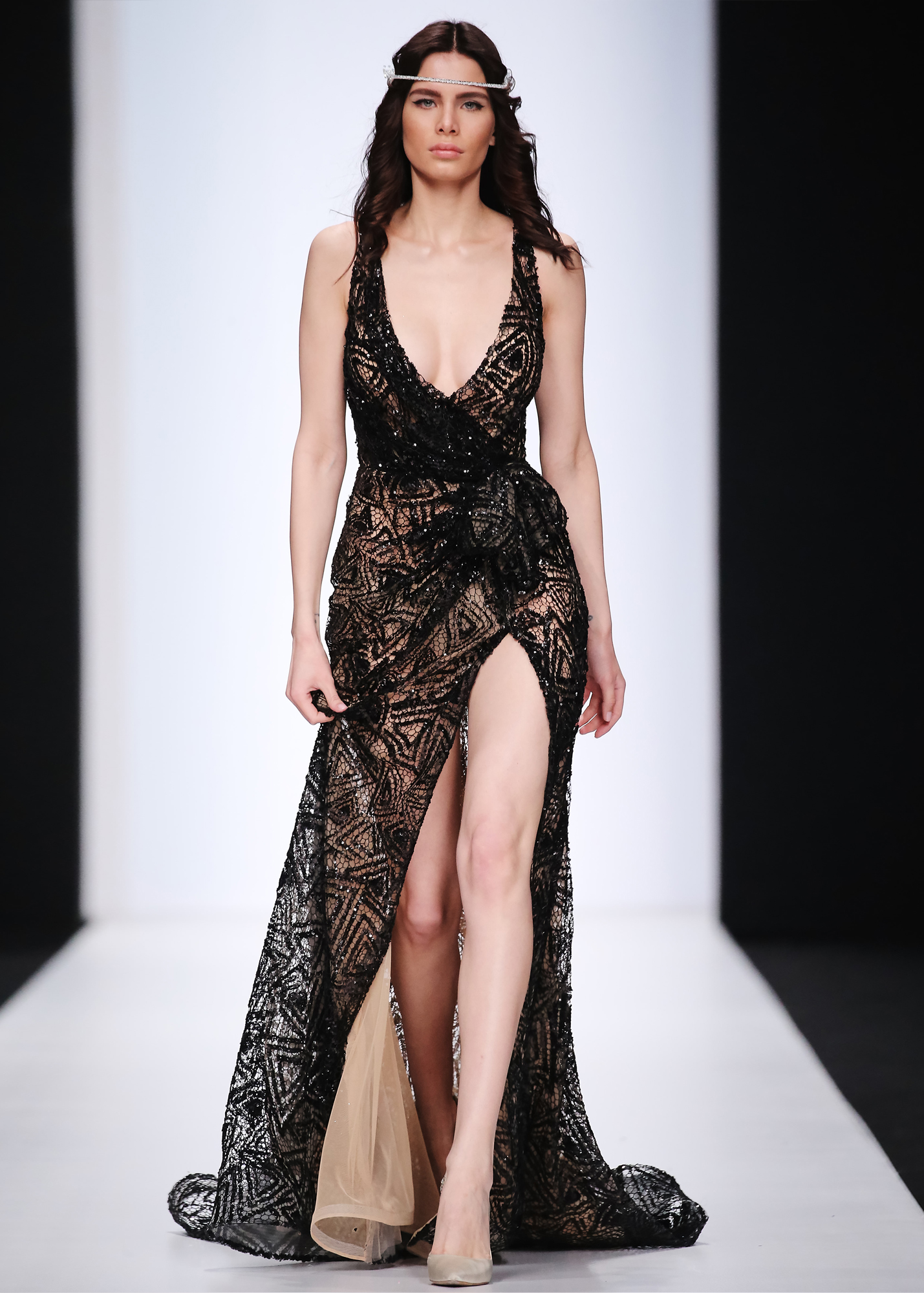 Модель DEVINA от Speranza Couture