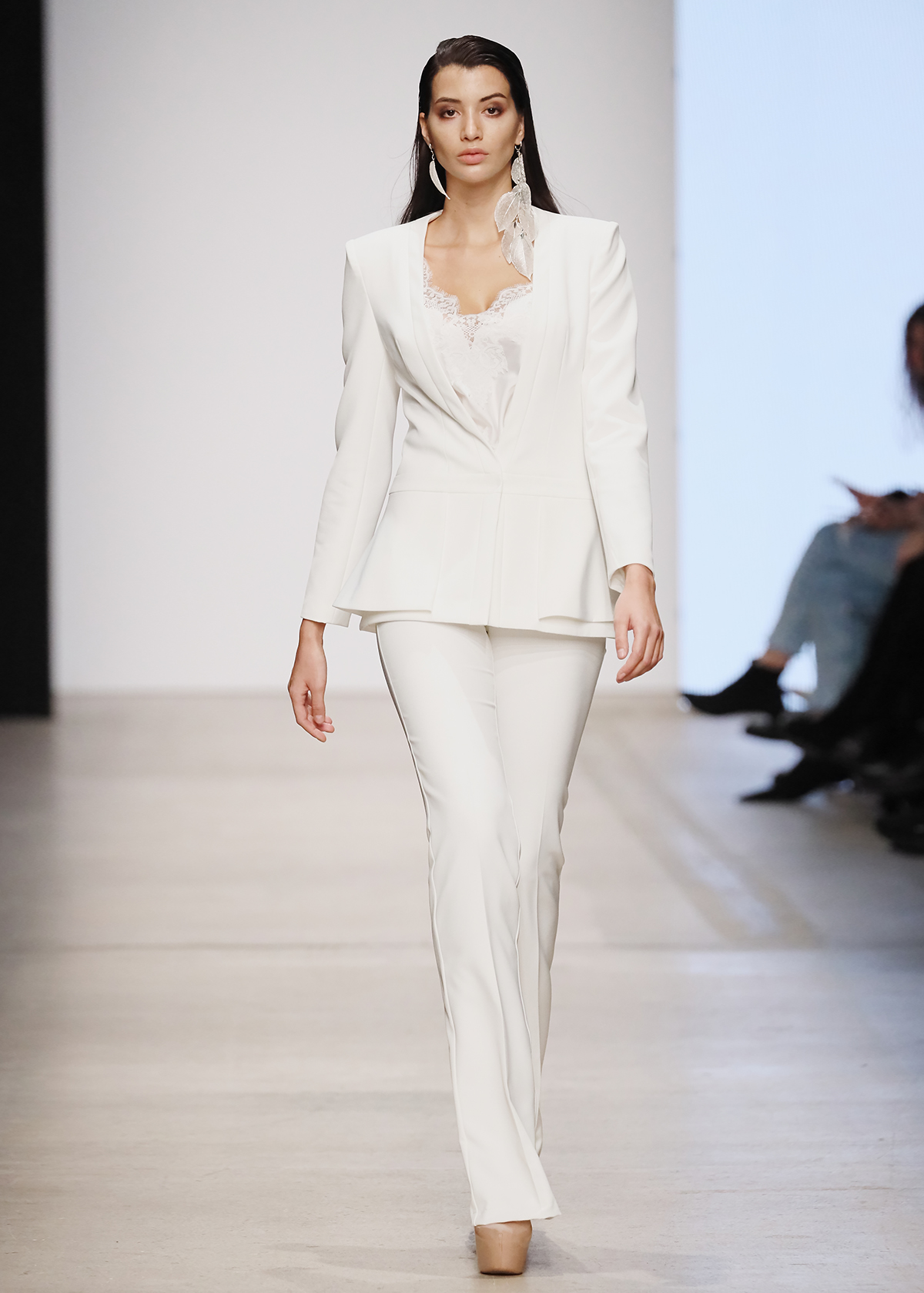 Модель JANIRA от Speranza Couture