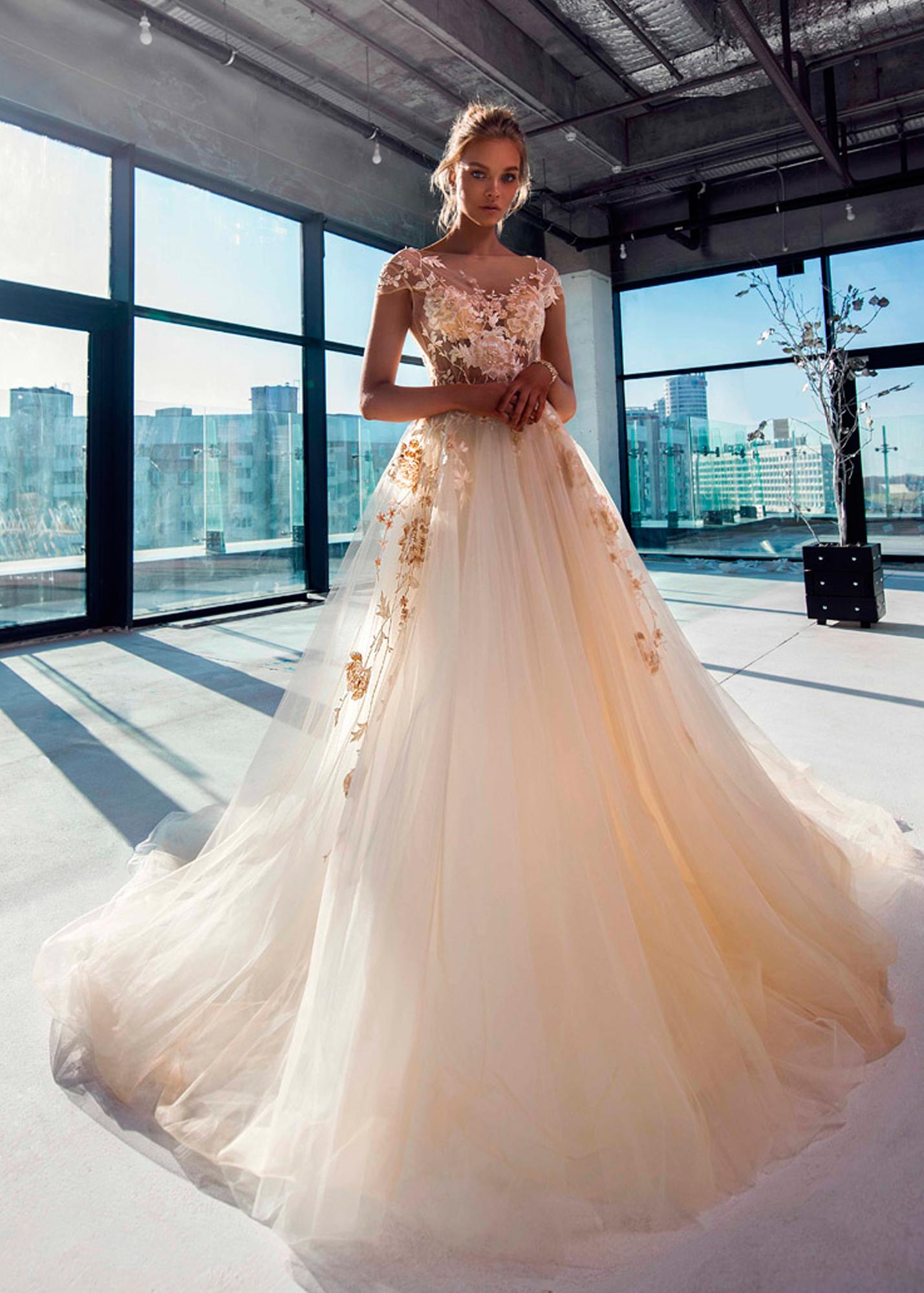 Модель CANNES от Versal wedding dress