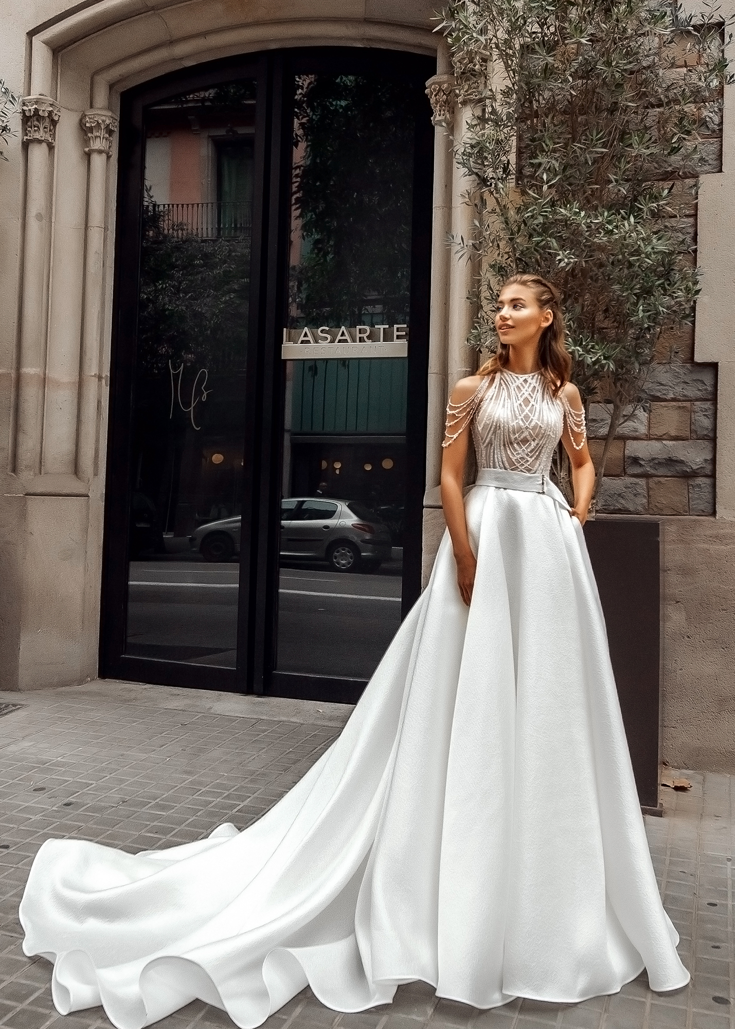 Модель LEANDRA от Versal wedding dress