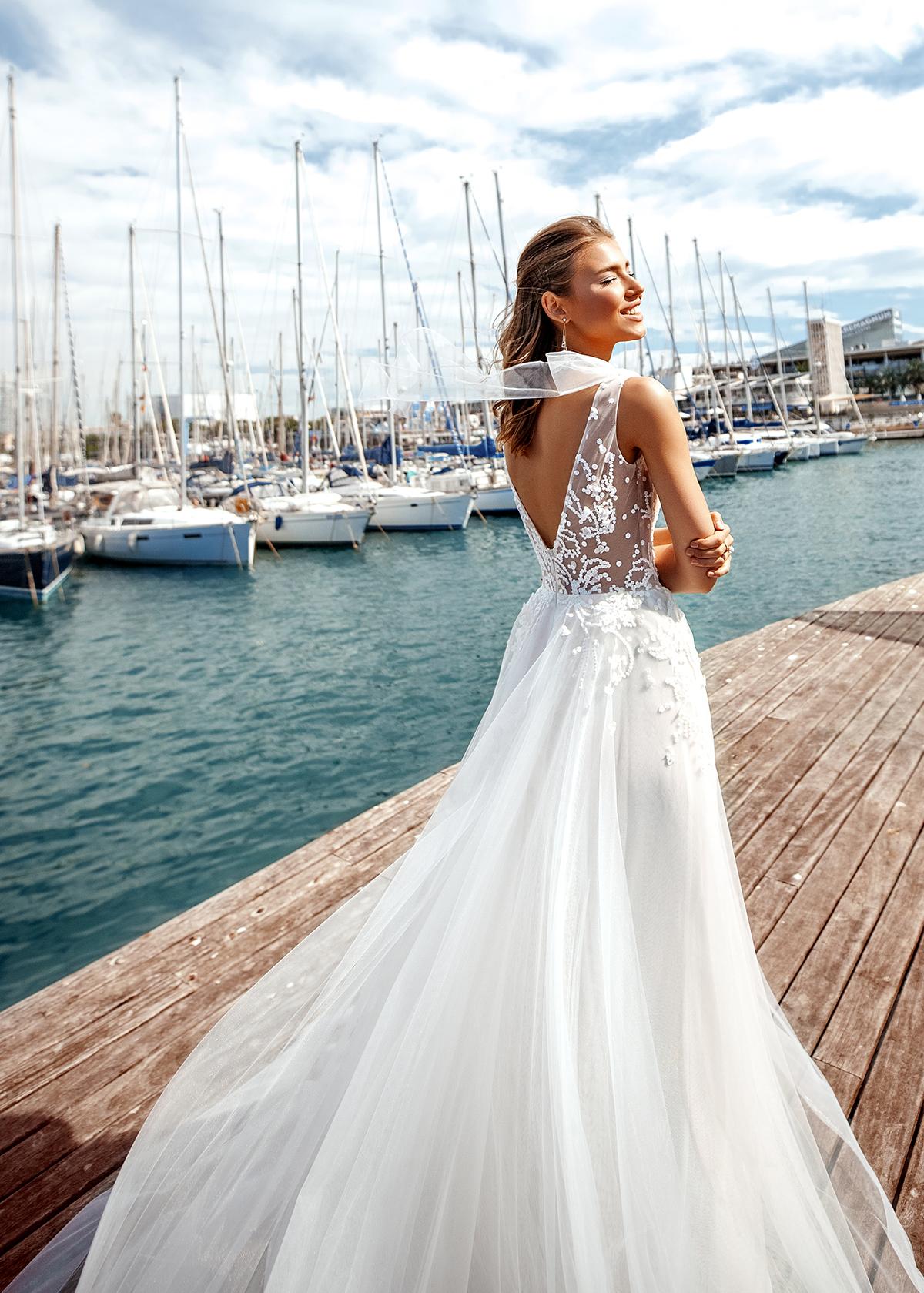Модель ELLIS от Versal wedding dress