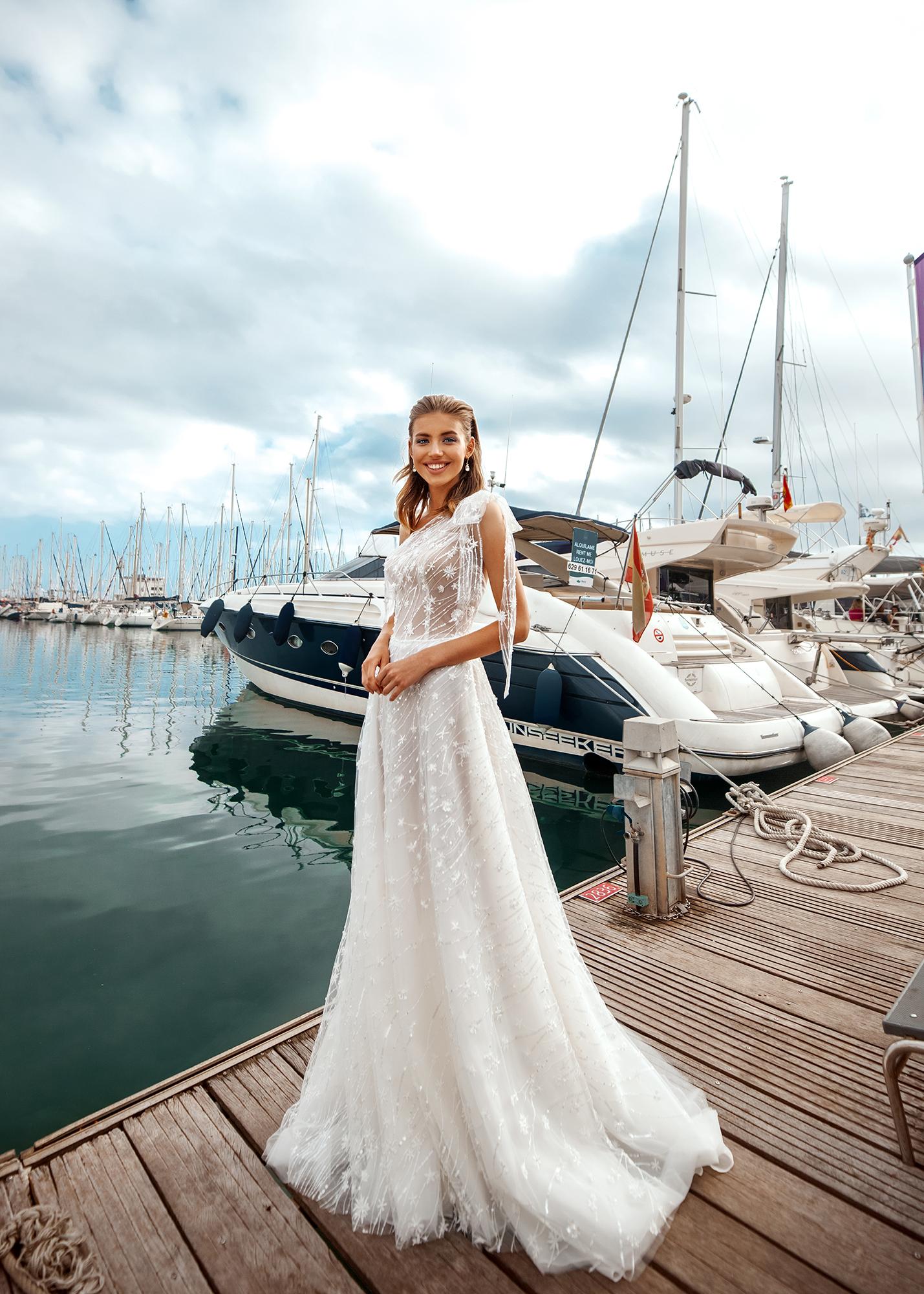 Модель LORY от Versal wedding dress