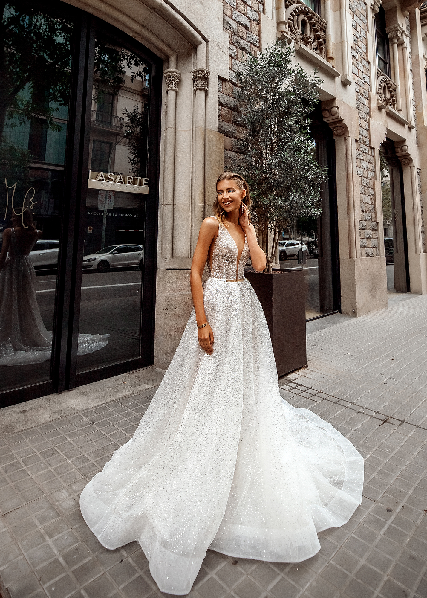 Модель LAZARA от Versal wedding dress