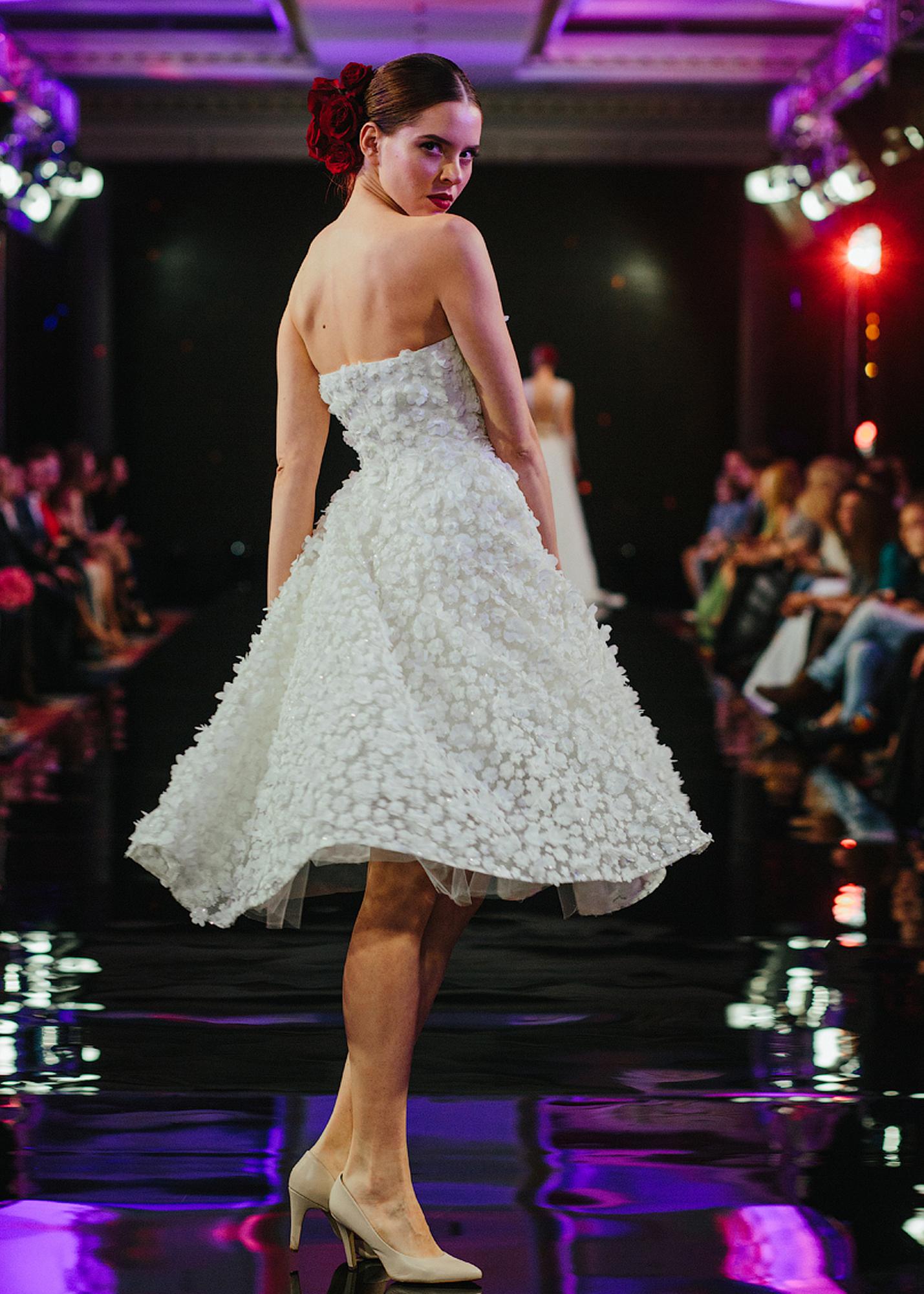 Модель Avgostina от Speranza Couture