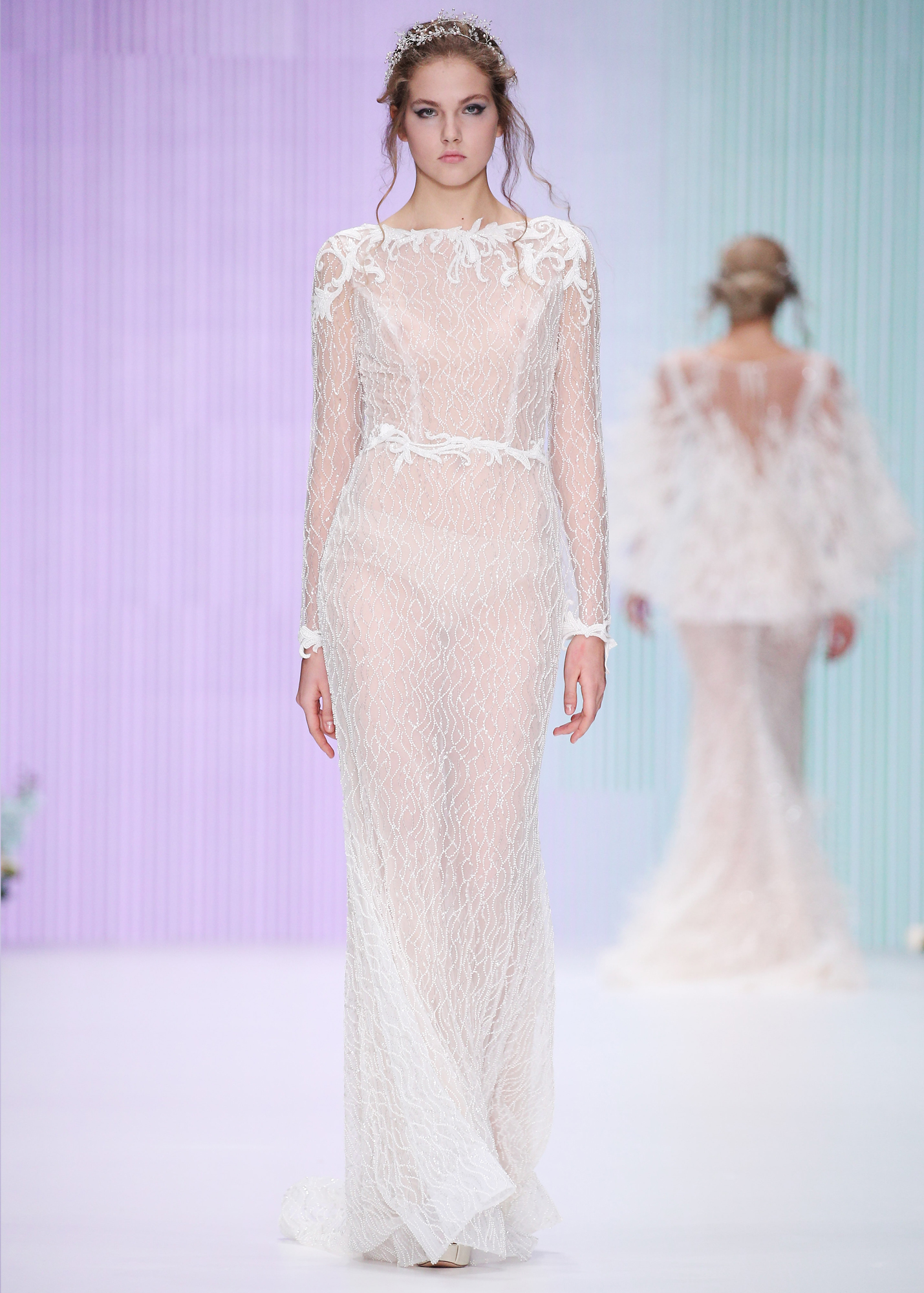 Модель CARLA от Speranza Couture