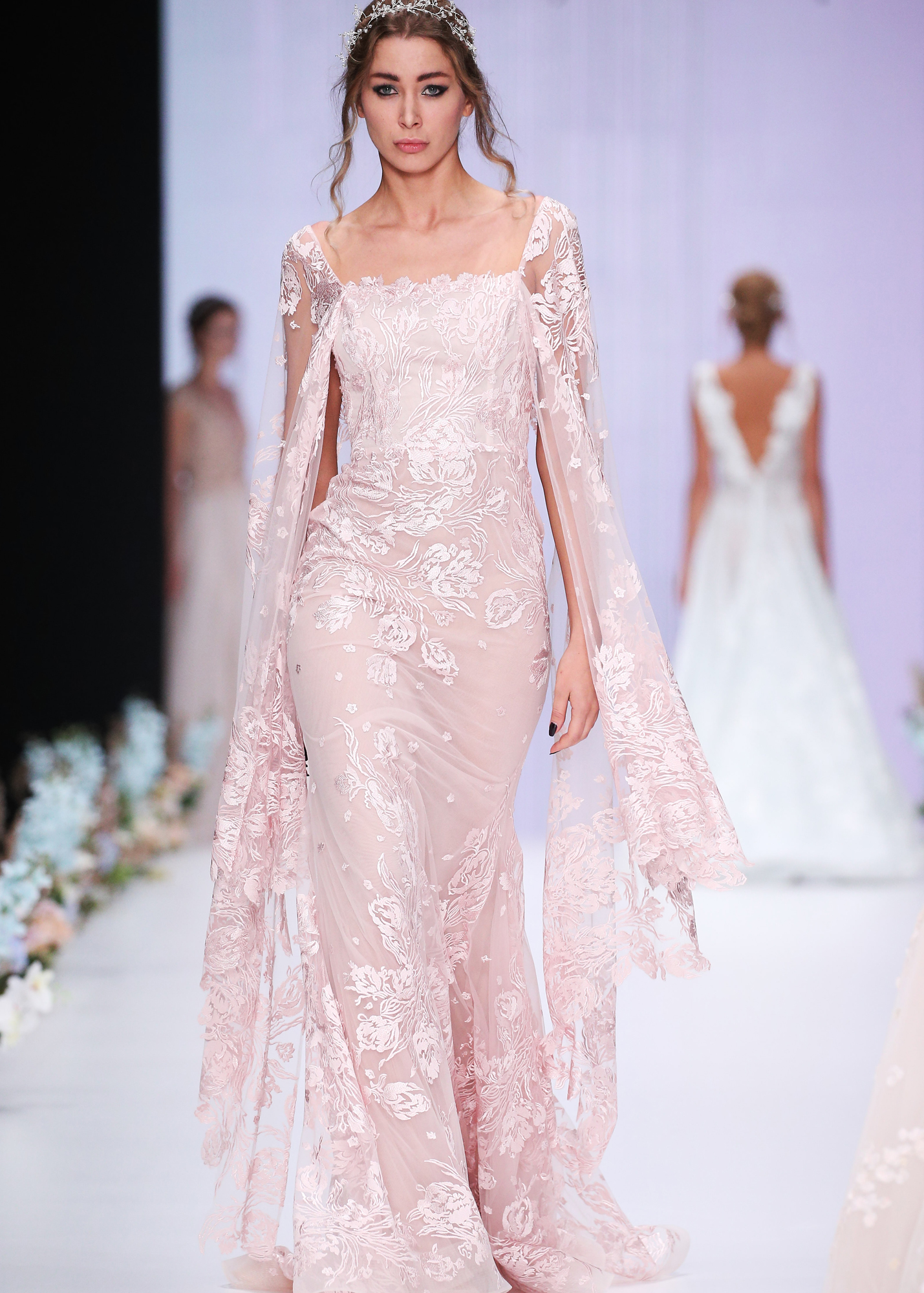 Модель CATALDA от Speranza Couture