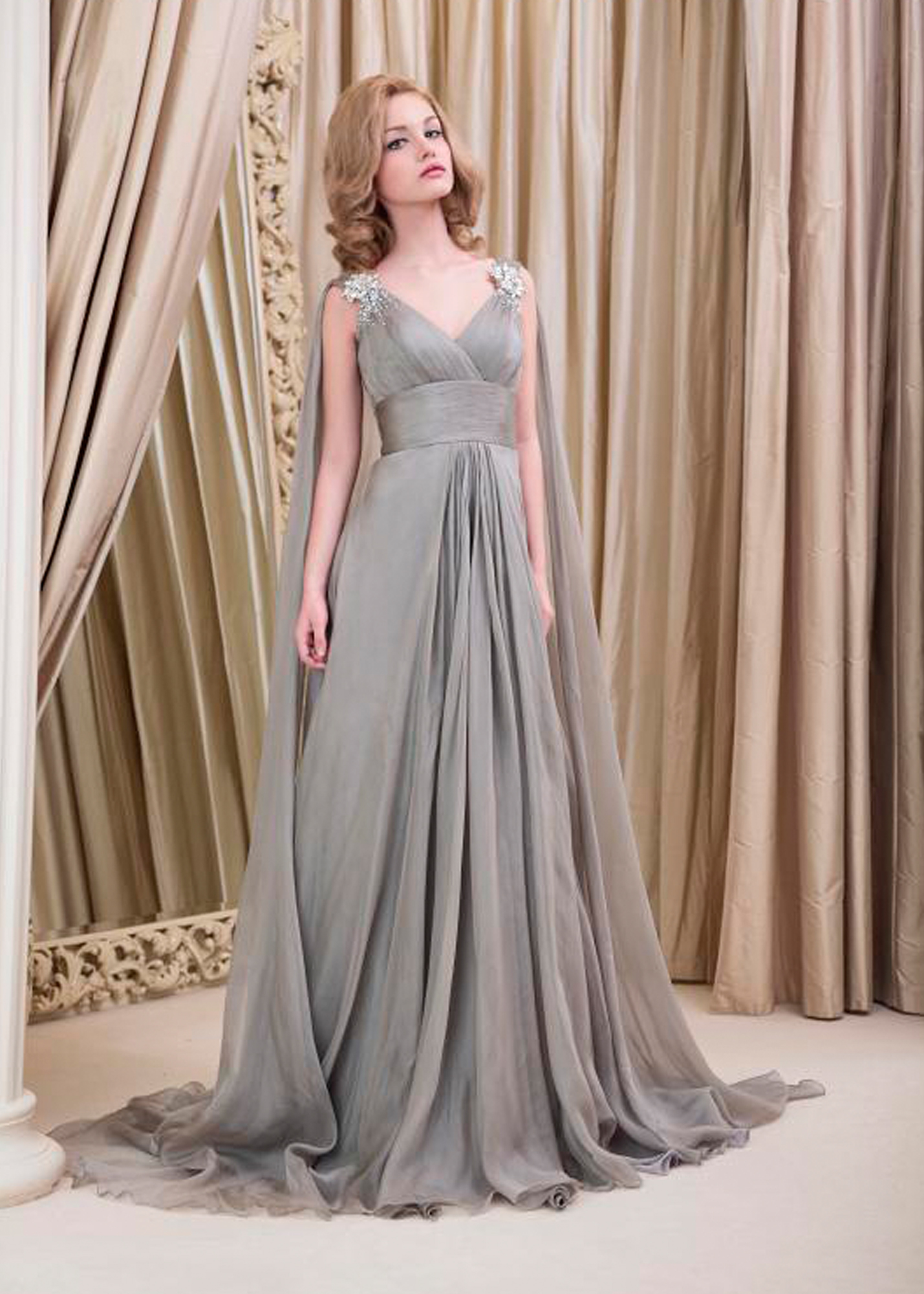 Модель Alania EV от Yusupova Couture